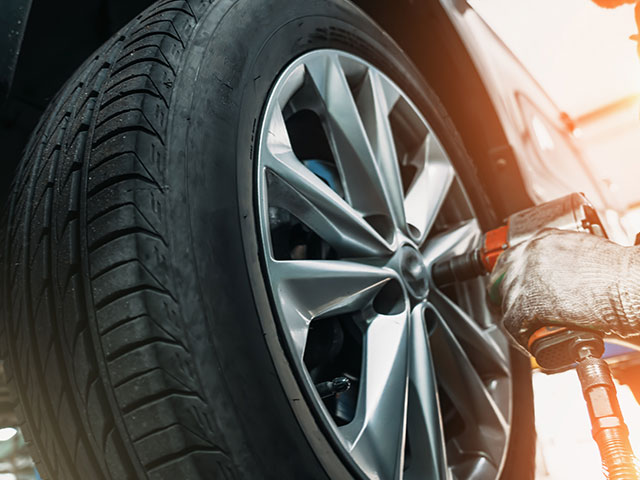 car tyre removal